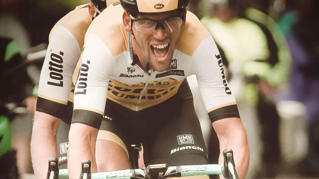 Tips-to-Choose-the-Top-Bike-Jersey-for-Comfort-Riding-on-writercollection