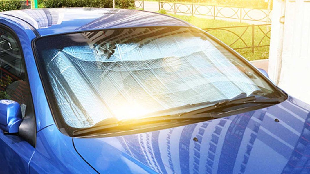Choose-the-Best-Sun-Shade-Among-WeatherTech-&-Intro-Tech-on-writercollection