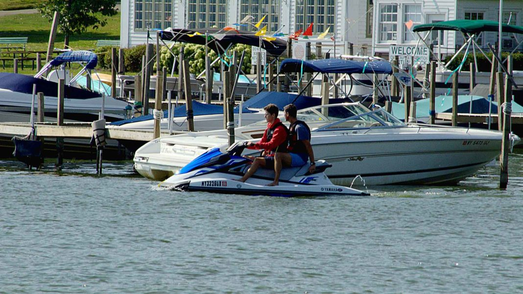 Guide-to-Find-the-Best-Criteria-of-Fishing-Jet-Ski-on-WriterCollection